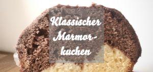 Klassischer Marmorkuchen mit Schokoguss