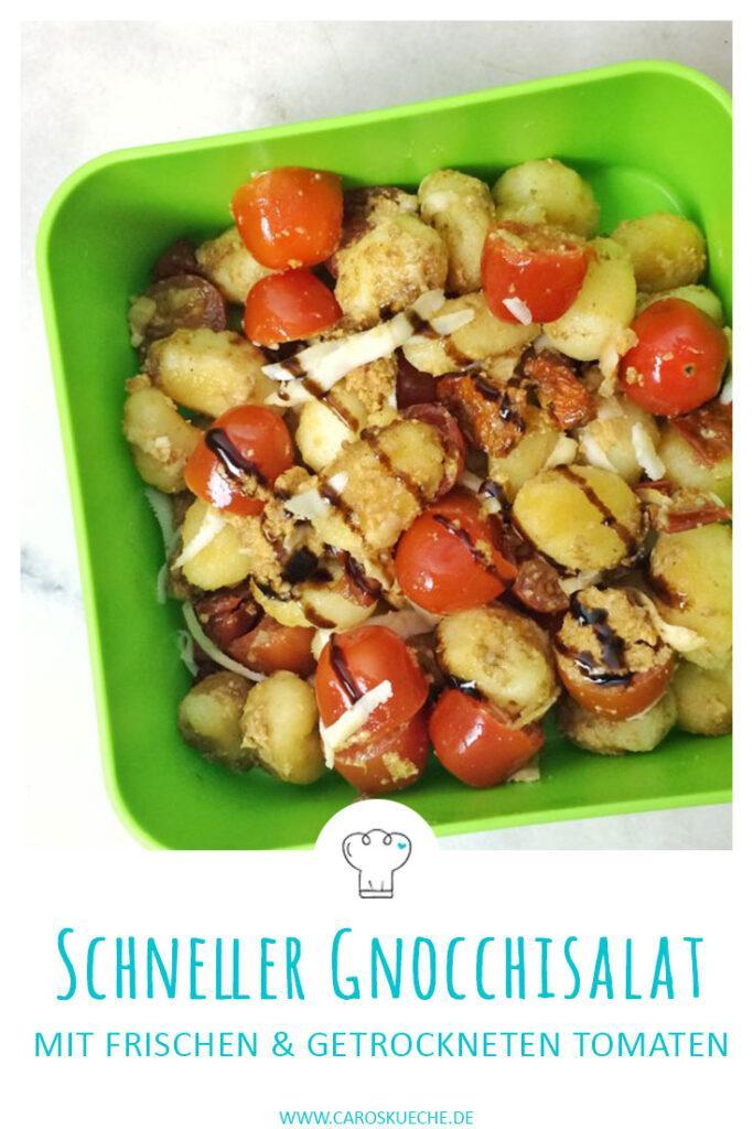 Schneller Gnocchisalat mit frischen und getrockneten Tomaten