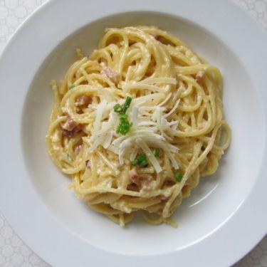 Spaghetti Carbonara mit Sahne