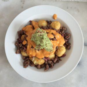 Totchos Supreme mit Guacamole