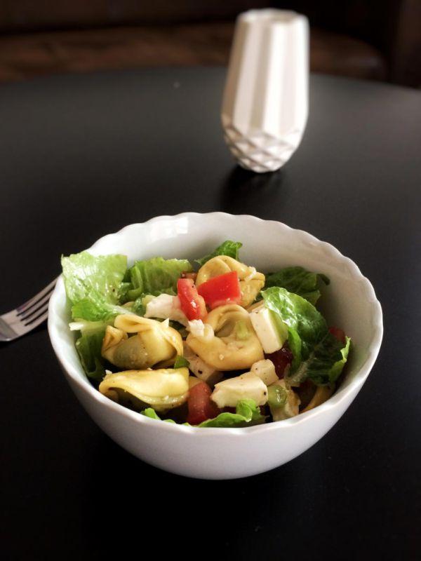 Tortellonisalat mit Feta