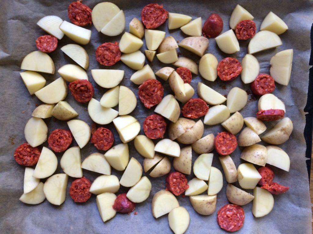 Ofenkartoffeln mit Chorizo und Käse