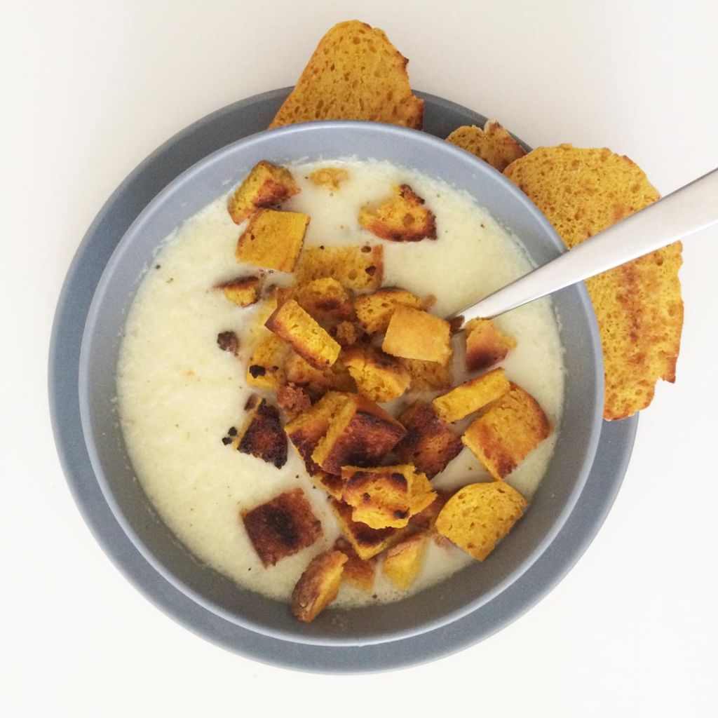 blumenkohlsuppe-croutons
