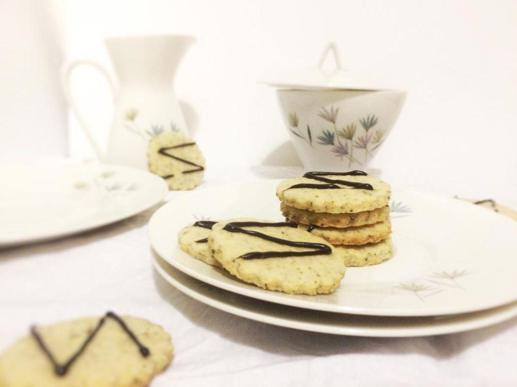 Plätzchen schwarzer Tee Lakritz