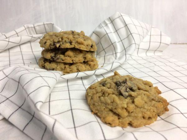 Erdnussbutter-Schoko-Hafercookies