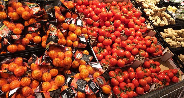 Orangen, Tomaten, Ingwer
