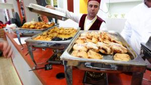 Marokkanisches Essen - Pastilla, Rinder Tajine, Hähnchen Tajine