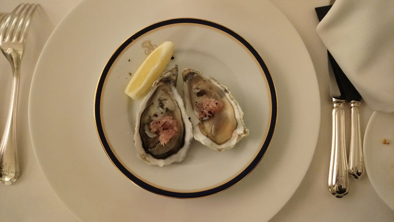 Austern beim Dinner in der Französischen Botschaft