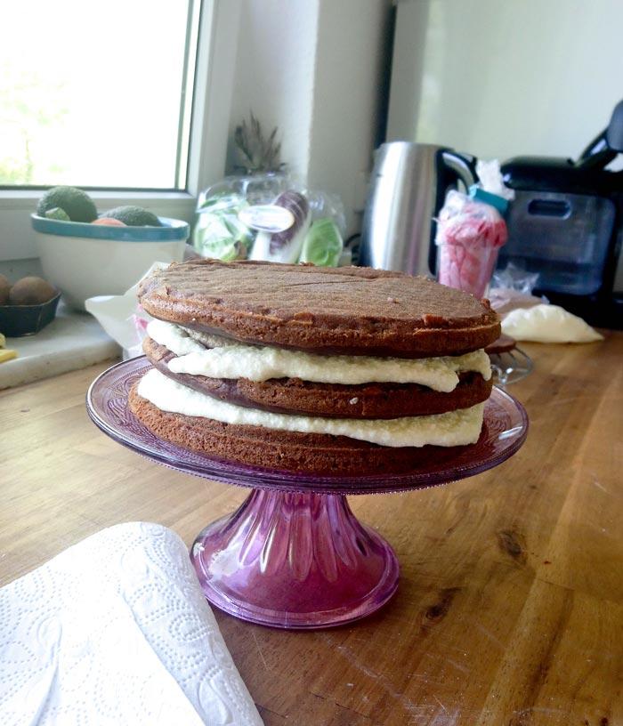 Buttercreme vegane Geburtstagstorte