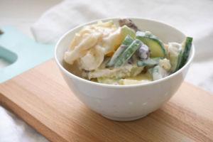 Kartoffelsalat griechisch mit Tzatziki