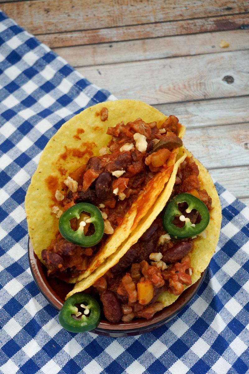 Chili sin Carne mit Walnüssen