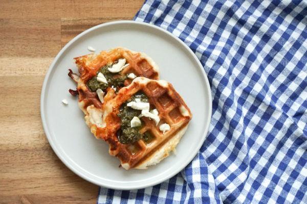 Pizza aus dem Waffeleisen » idealer Snack für Parties und Feiern