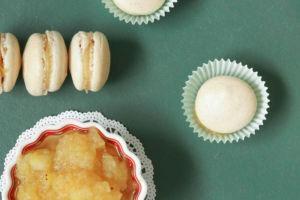 Weihnachtlich Apfel-Zimt-Macarons » Schnelles Rezept für einfache Macarons, die nach Weihnachten schmecken