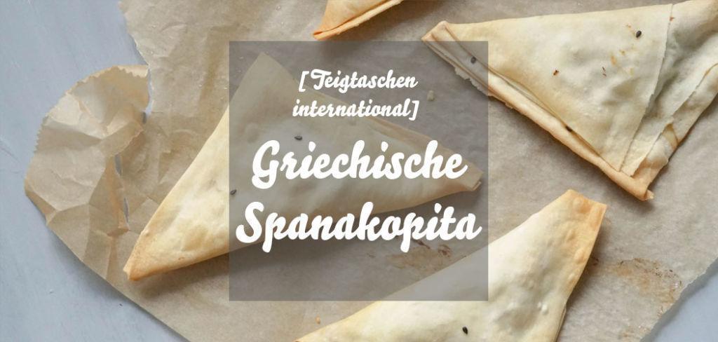 Spanakopita » Rezept für die griechischen Teigtaschen mit Spinatfüllung. Spanakopita in Filoteig selber machen