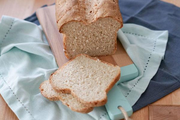 Rezept für Haferflockenbrot mit Mehl und Haferflocken