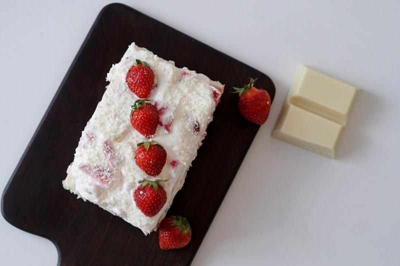 Einfaches Erdbeer-Tiramisù ohne Alkohol