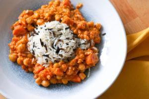 Karotten-Kichererbsen-Curry mit Linsen