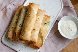 Vegane Sigara böreği mit Spinatfüllung