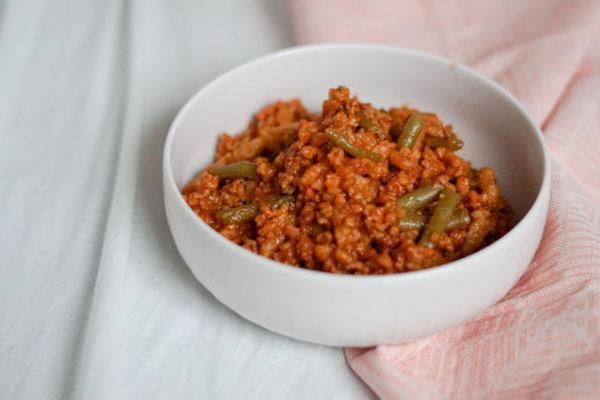 Spätzletopf mit Sojaschnetzel und Bohnen » Veganes Eintopfrezept