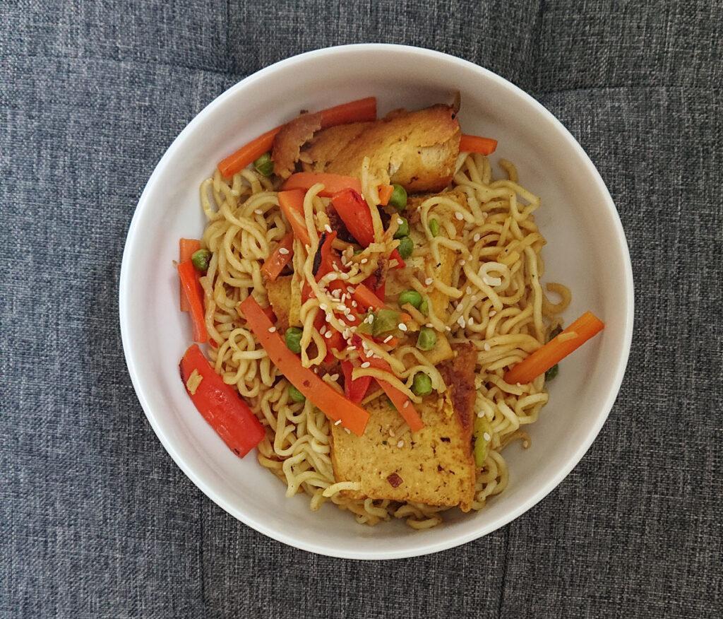 Vegane Asia-Nudelpfanne