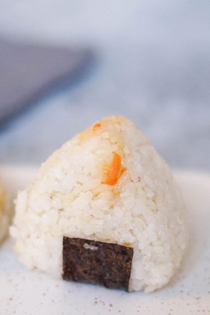 Einfaches Onigiri-Rezept für den japanischen Kult-Snack